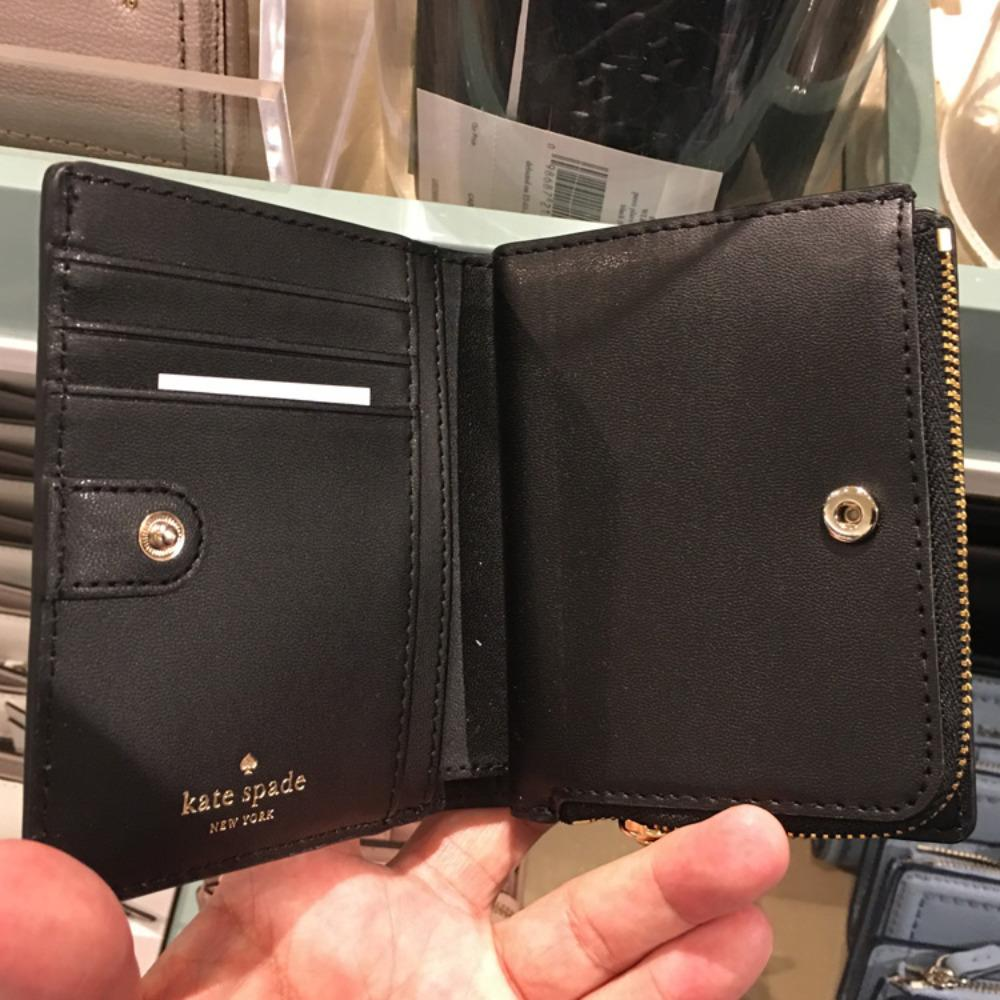 36ee20701ad8 ... ケイトスペード レザー 折畳み 財布 kate spade patterson drive small shawn WLRU5294 5 ...