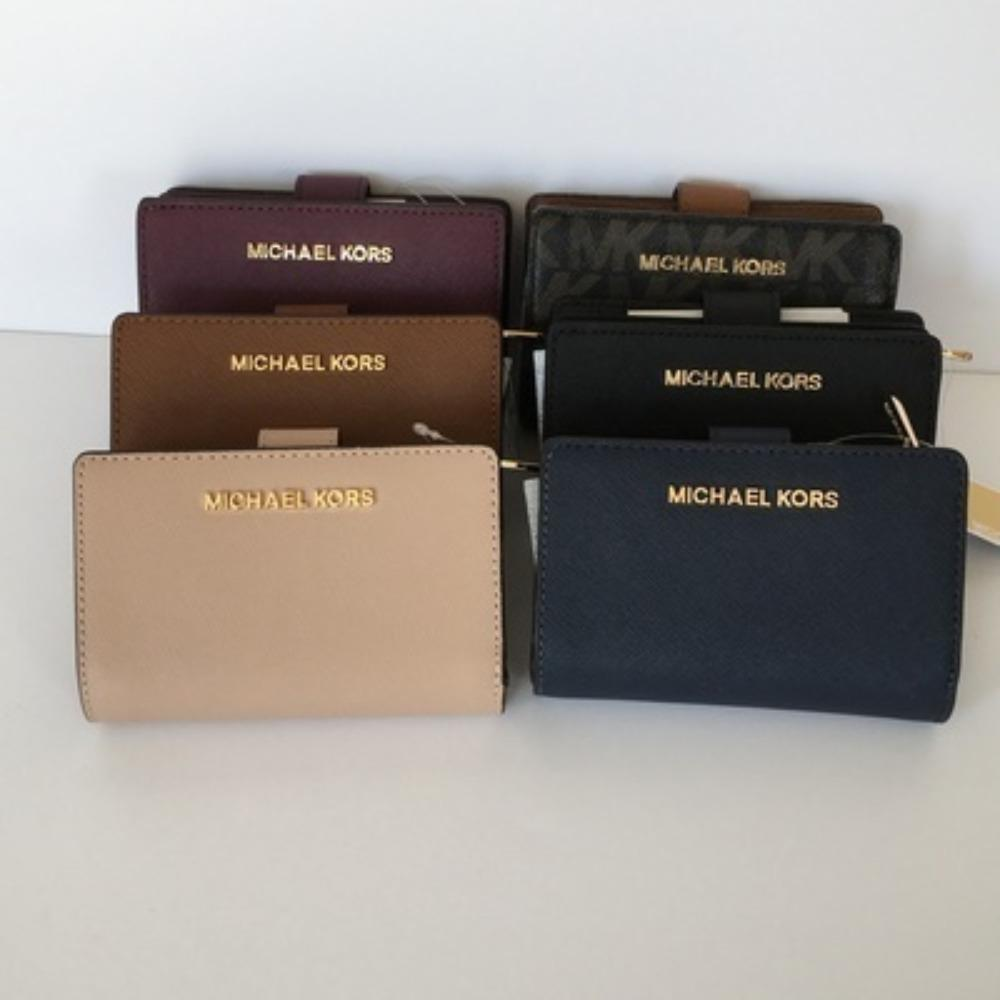 【Michael Kors】JET SET TRAVEL BIFOLD ZIP WALLET 二つ折財布 1
