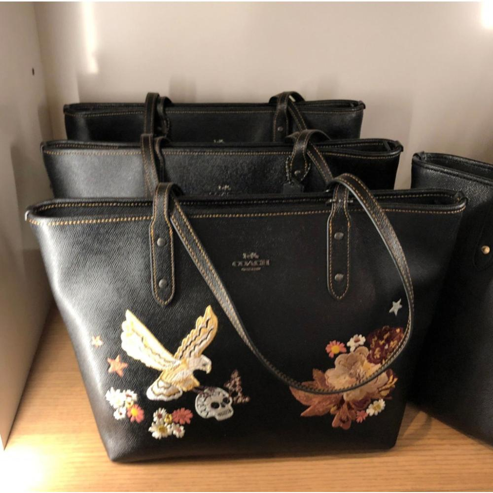 COACH コーチ シティ ジップ トート バッグ タトゥー 刺繍 COACH City Zip Tote with Tattoo Embroidery 1