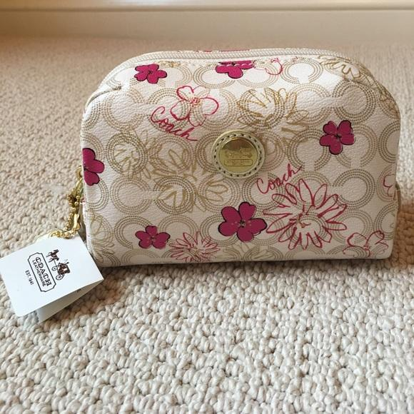 719a2e0df83c Coach Pouch コーチの花柄ポーチ♬ | 通販MORK