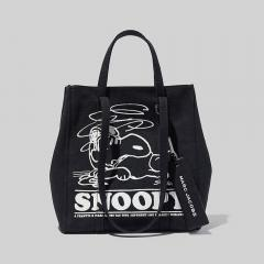 PEANUTS X MARC JACOBS THE TAG TOTE BLACK