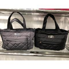 【Marc Jacobs】Quiltedマザーズバッグ パッド付き 1