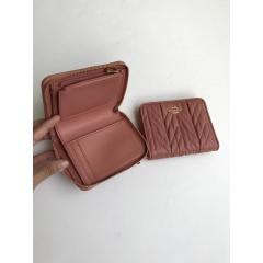 NWT COACH SMALL ZIP AROUND WALLET WITH QUILTING F31600 10