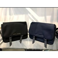 【Marc Jacobs】Zip That Mini Messenger Bag メッセンジャー