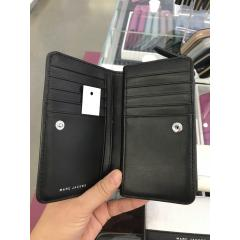 【Marc Jacobs】M0013588 Leather Compact Wallet 二つ折り 5