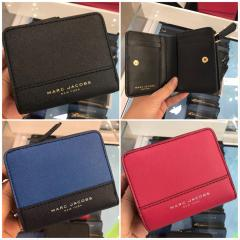 【Marc Jacobs】M0014235 Leather Compact wallet 二つ折り 1