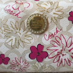 Coach Pouch コーチの花柄ポーチ♬ 2