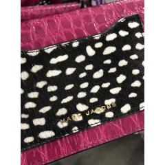 【Marc Jacobs】M0012137 Leather Crossbody Wallet 長財布 5