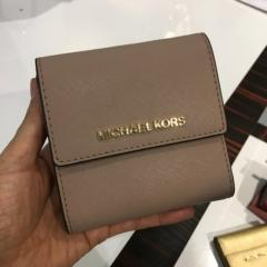 【Michael Kors】新作☆SMALL CARD CASE CARYALL 三つ折り財布 19