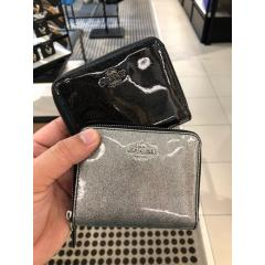 COACH コーチ GLITTER PATENT SM ZIP AROUND F29950