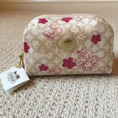 Coach Pouch コーチの花柄ポーチ♬ 1